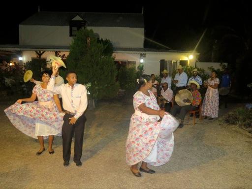 Groupe de danse traditionnelle DELO COULE